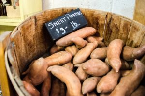 Sweet potatoes provide vitamin A for growing long hair